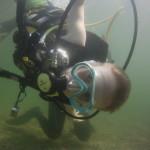 nurkowanie dzieci w jeziorze