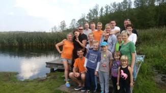 ekipa spływu nurkowego rzeką