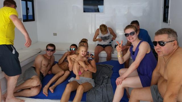 relax rodzinny pomiędzy nurkowaniami